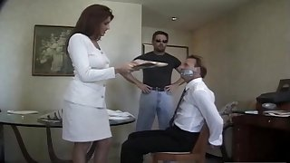 Wed Rayleene spreads her arms to repugnance fucked by a stranger. Cuckold